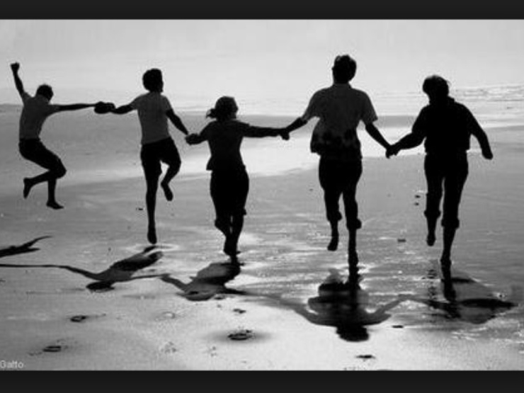 What is a healthy friendship?
